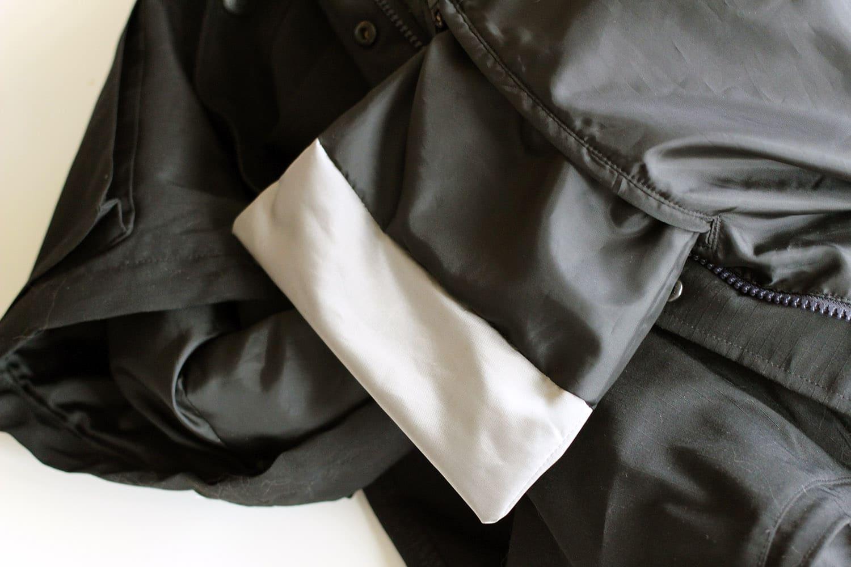 Agrandir une poche, nouveau fond cousu sur l'endroit
