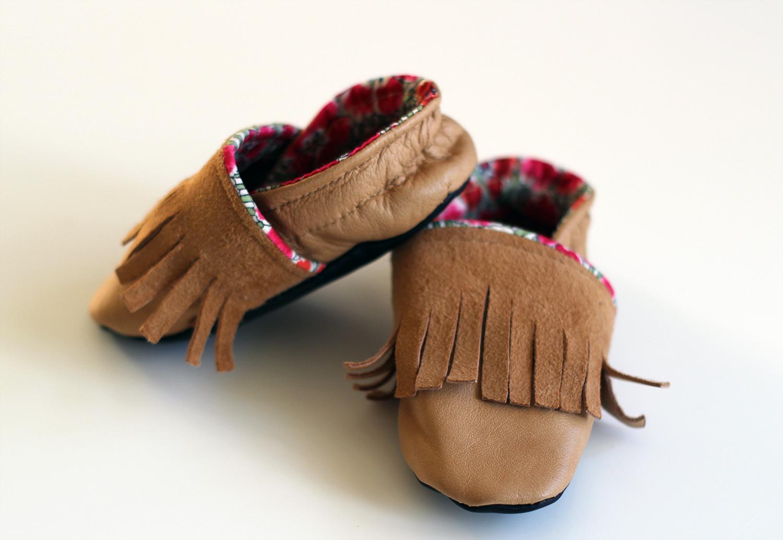 chaussons cuir bébé style indien