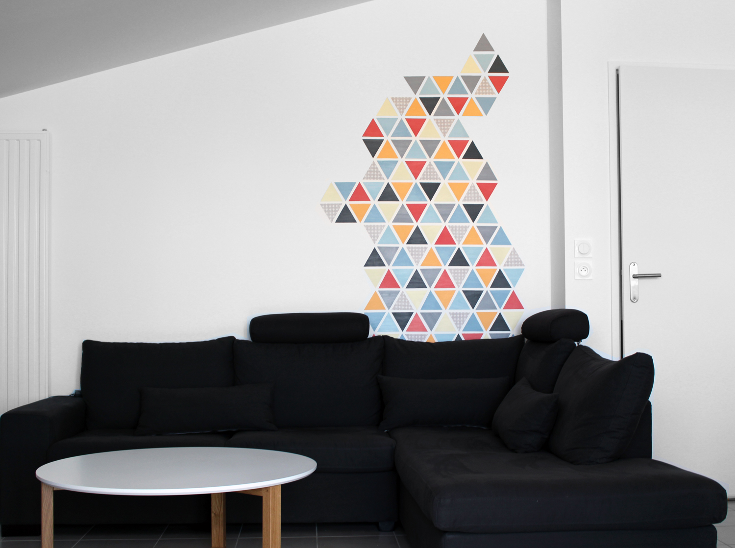 Peindre Triangle Sur Mur diy - petits triangles scandinaves - couture addicted